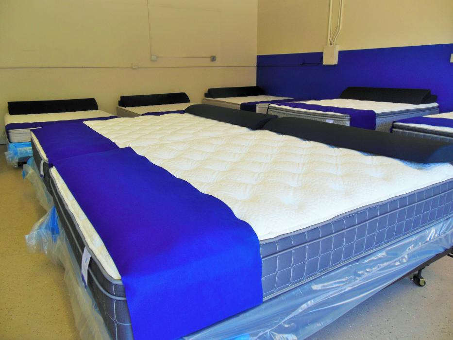 Business Spotlight: Mattress Direct cuts the high price out of a good night's sleep